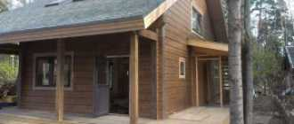 Чем покрасить полы в деревянном доме на даче